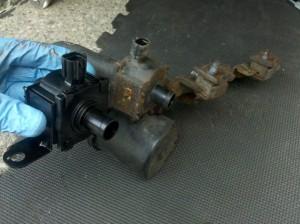 vapor canister purge valve and bracket, 2004 Subaru Impreza WRX