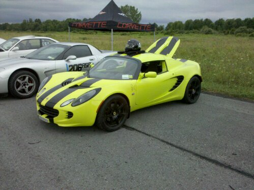 neon yellow green Lotus Exige
